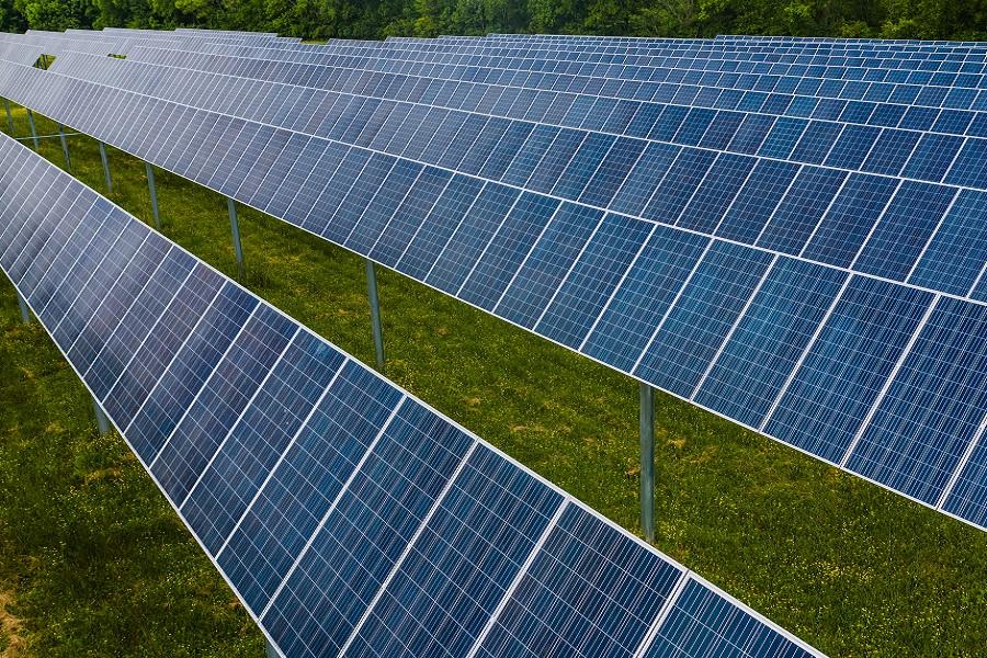 Parc photovoltaïque sous risque d'incendie